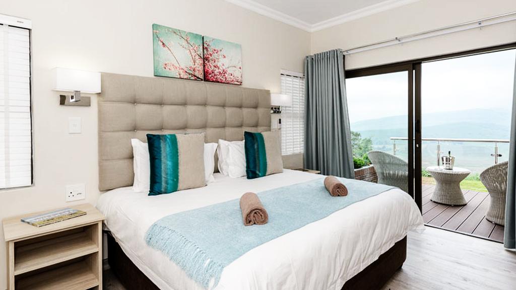 three suite six sleeper